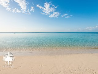 TC Villas // Grace Bay Retreat // Steps to Grace Bay Beach
