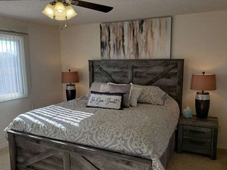 All NEW furnishings. New Decor. 2 BDR, 2 Bath Condo at Gated Golf Course Communi