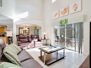 2173VICTORIA Amazing 4 Bedroom Providence Villa