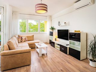 Stunning apartment in Rijeka w/ WiFi and 1 Bedrooms (CKO872)