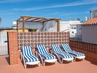 Gloria. Centro, playas y gastronomía. Terraza solárium privada.