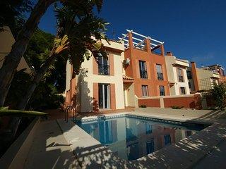 Acogedora casa con piscina, cerca de las playas