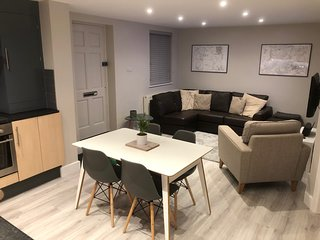 Stylish ground floor flat with parking close to amenities