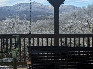 Caleb's Outlook is luxurious cabin w/ incredible views of Grandfather Mountain!