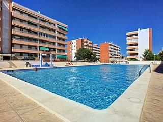 2 BED GROUND FLOOR APARTMENT IN WALKING DISTANCE TO THE BEACH & ALL AMENITIES