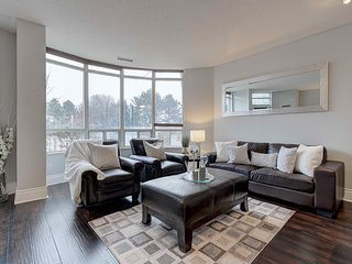 Short Terms Rental 1 BR Suite in Ovation Towers - 9020700