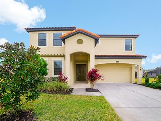 Disney On Budget - Providence - Feature Packed Relaxing 5 Beds 4 Baths Villa