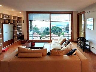 Splendido appartamento con vista  lago