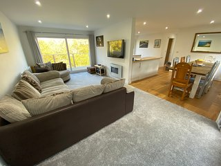 Ty Gwyn - 4 Bedroom Holiday Home - Saundersfoot