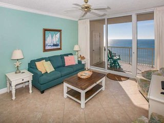 Gulf-front unit with beautiful views | Pool, hot tub, Wifi | Indoor pool and fit