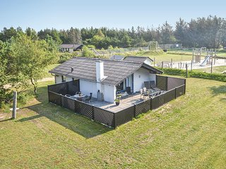 Beautiful home in Nørre Nebel w/ WiFi and 3 Bedrooms (P42076)