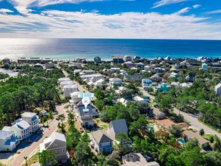 Beautiful 30A Beach Home-FREE Golf Cart!Community Pool-Walk To Beach! Kids Loft!