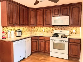 Convenient Clean and Comfortable Apt - Right By Harvard Business School -