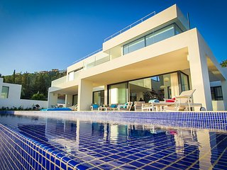 Infinity - Newly designed Contemporary luxury villa in Benalmadena