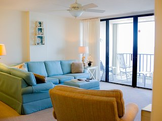 Pristine Oceanfront Vacation Condo in Myrtle Beach