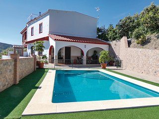 Beautiful apartment in Competa w/ Outdoor swimming pool, WiFi and Outdoor swimmi