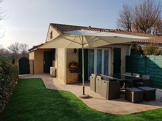Maison dans residence securisee avec piscine