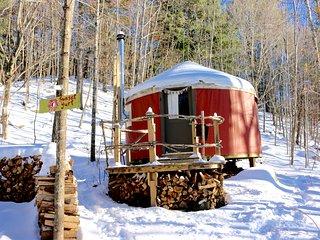 Sunset Yurt Off-The-Grid Retreat