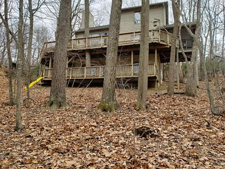 NEW! Peaceful Mountain Home with Shamokin Waterfall Springs in Backyard!!
