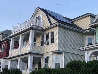 BEAUTIFUL FAMILY HOME Great location Boston-Cambridge