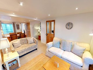 APPLEDORE ESCAPE COTTAGE | 2 Bedrooms
