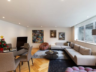 Stunning Two Bedroom Apartment in Marylebone