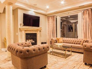 Luxury 3Story Villa on the Hills: Pool-Jac. Sauna