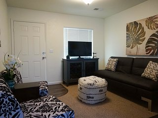 Newly remodeled & beautifully furnished apartment -  just minutes from shopping!
