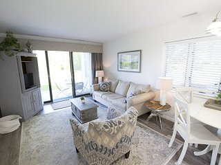 ♛ Gorgeous Chic ♚ Beach Front ☀ Condo