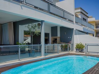Modern Villa with fantastic views Sesimbra Castle - Private Pool