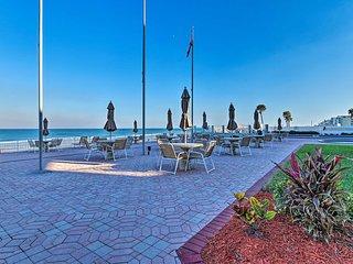 NEW! Breezy Oceanfront Studio w/ Pool+Beach Access