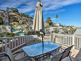 Tropical Island Escape w/ Deck, Walk to Avalon Bay