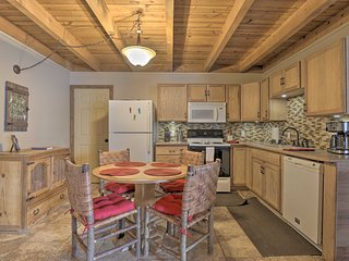 NEW! Wildernest Resort Condo <11 Mi. to Keystone!