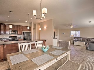 Lake Havasu Home 5 Minutes to Beach & Boat Launch!