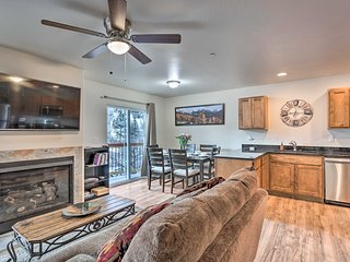 NEW! Modern Townhome: Steps to Ouray Hot Springs!