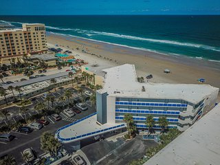 Amazing!  Beachfront - 2 Br / 2 Ba