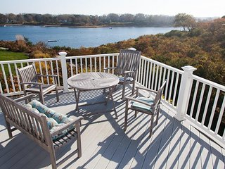 Gorgeous panoramic views of Mill Pond and just a short walk to downtown Chatham!
