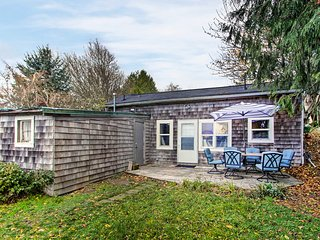 NEW! Cabin w/ Puget Sound Views on Vashon Island!