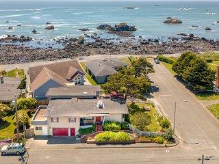 Spacious, dog-friendly home w/ ocean views - only 200 feet from the beach!