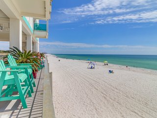 Gorgeous waterfront studio w/ a shared pool, private balcony, & beach access!