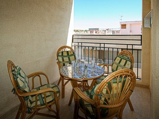 Nice apartment in Santa Pola w/ 2 Bedrooms (EBI255)
