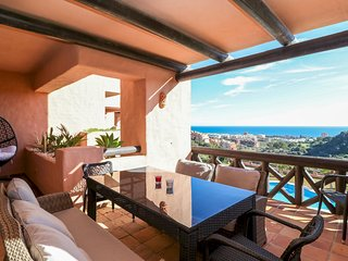 Coto Real Milos - Stunning 2BR Apartment in Manilva, Sea Views, Pool