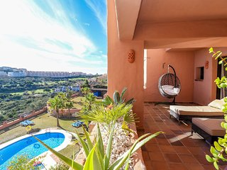 Coto Real Manilva - Paradise 2BR Apartment in Manilva, Sea Views, Pool