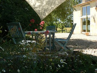 Charmante maison de vacances à la campagne idéalement située en Périgord France