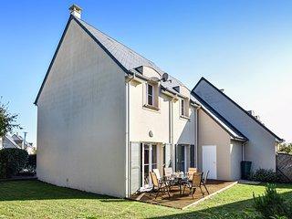 Beautiful home in Port-en-Bessin w/ WiFi and 4 Bedrooms (FNC065)