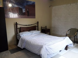 Habitacion Matrimonial con baño compartido