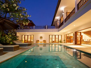 Puri Temple; 3 Bedroom Villa, Echo Beach, Canggu, Bali