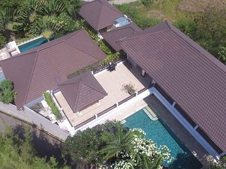 Temple Estate; 6 Bedrooms, Echo Beach, Canggu