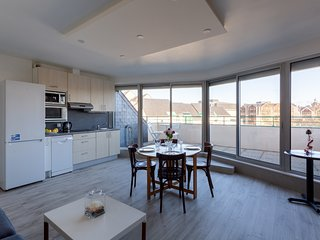 Le Mancini - Appt 1 chambre avec Parking et Terrasse