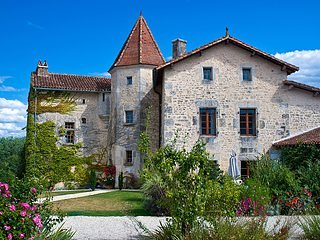 Chateau de Gurat - La Forge, 4 bedrooms | beautiful grounds | heated pools